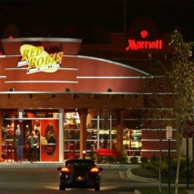 Red Robbins Gourmet Burgers