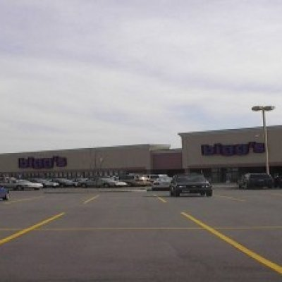 Union Centre Pavillion Biggs Shopping Center